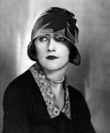 1920s-women-fashion-37-5710a0092051e__700